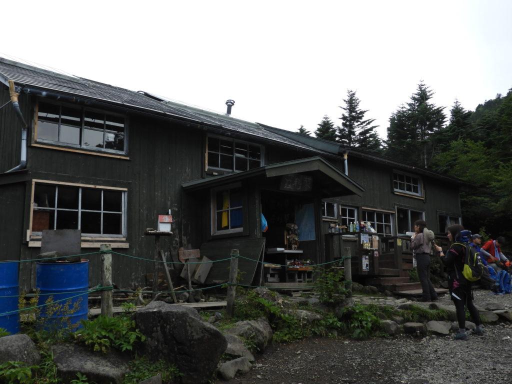 将軍平の山小屋